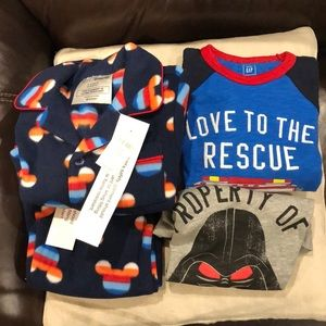 NWT Bundle of 4 pieces of Baby Gap clothes